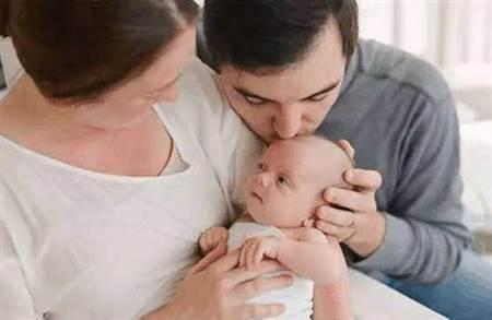 科学坐月子要注意什么?,广州找妇婴护理月嫂服务使你更放心
