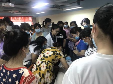 广州找母婴护理师报价,荔湾区母婴护理师工作流程表,母婴家政
