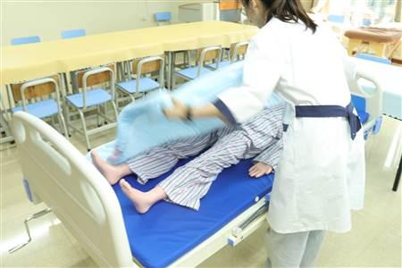 越秀区养老保姆工作流程表,广州养老护理服务收费价格表,母婴家政